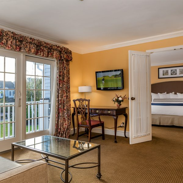 Rooms - Water's Edge Resort and Spa