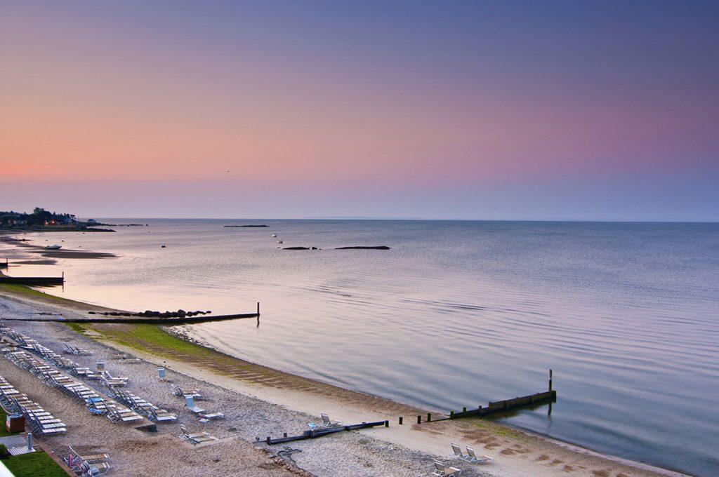 CT Beach - Water's Edge Resort and Spa
