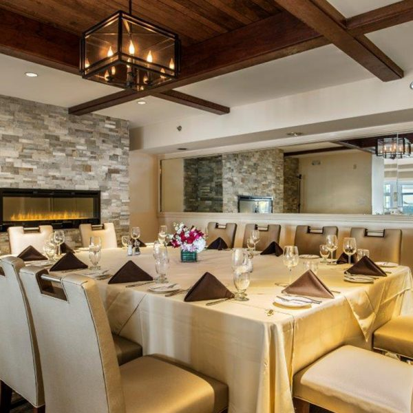 Private Dining - Water's Edge Resort and Spa